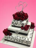 wedding cake tulips & hearts
